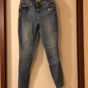 Denim - Earl Jeans
